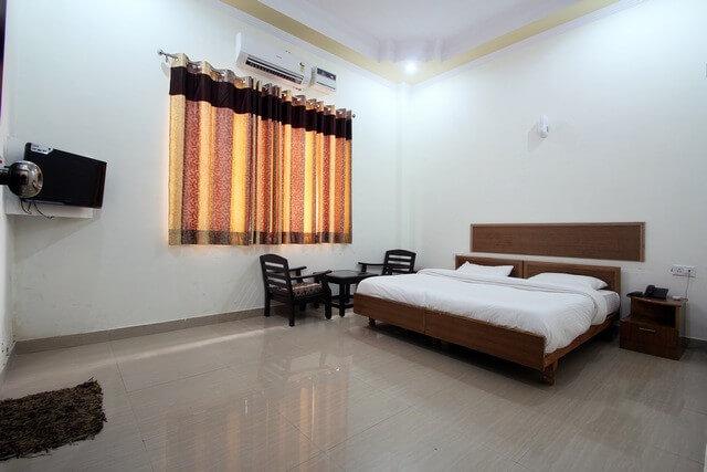 accommodation rishikesh yog darshan
