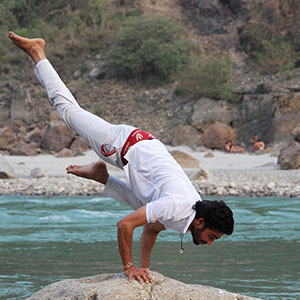 advance yoga course rishikesh
