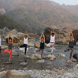 200-hours-yoga-ttc-in-rishikesh